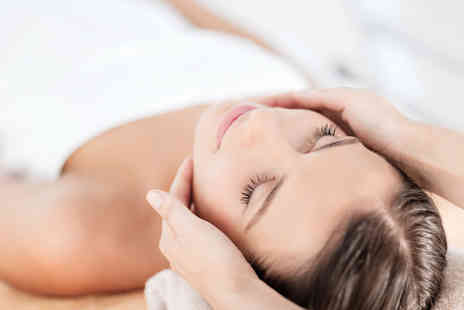 AestheticU - 90 minute pamper package including a full body massage and facial - Save 0%