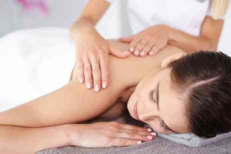 The Hub - 30 Minute Back, Neck and Shoulder Aromatherapy Massage with Choice of 30 Minute Facial - Save 67%