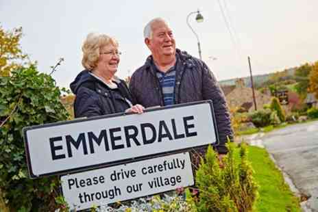 Brit Movie Tours - Emmerdale Village Tour - Save 0%