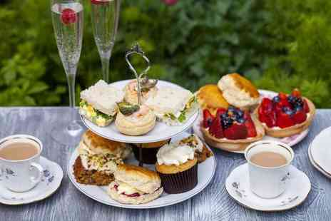 High Trees Garden Centre - Picnic afternoon tea for two people - Save 33%