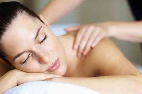 Healthwise - 30 Minute Deep Tissue Massage with Consultation - Save 40%