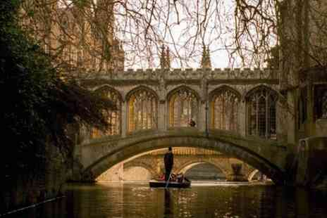 Scholars Punting Cambridge - Shared Punting Tour in Cambridge - Save 0%