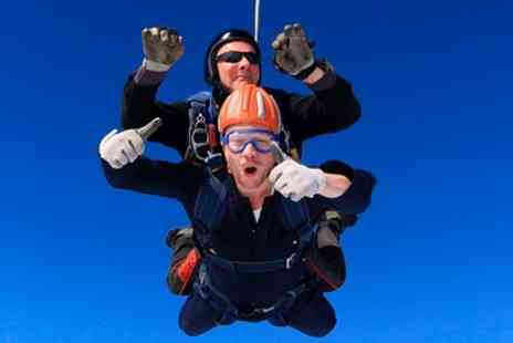 Skydive Academy - 7,500ft to 10,000ft or 9,000ft to 15,000ft Tandem Skydive - Save 36%