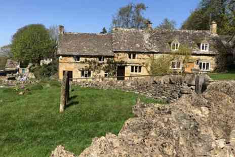 Cotswold Exploring - Cotswolds in Steam - Save 0%