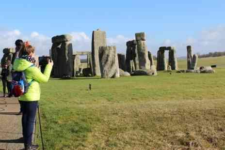 The Ultimate England Experience - Full Day Tour of Stonehenge, Bath, Lacock, and Avebury from London - Save 0%
