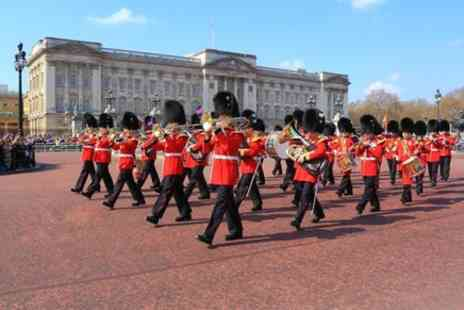 Golden Tours - Half Day London Sightseeing Tour With Changing of the Guard - Save 0%