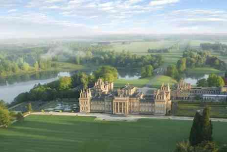 International Friends - Cotswolds Villages and Blenheim Palace Day Trip From London Plus Country Pub Lunch - Save 10%
