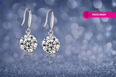 Your Ideal Gift - Pair of drop earrings made with crystals from swarovski - Save 88%
