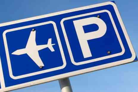 Holiday Experts - Up to 36% Off Park and Ride, Meet and Greet or Long Term Airport Parking - Save 0%