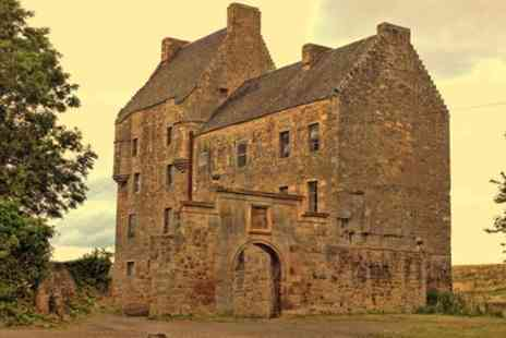 Outlander tours Edinburgh - Outlander tour featuring Lallybroch , home of Jamie Fraser - Save 0%