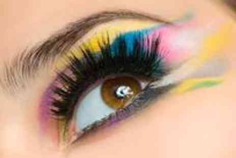 Filthy Gorgeous - Full set of semi permanent eyelash extensions plus a brow tidy - Save 72%