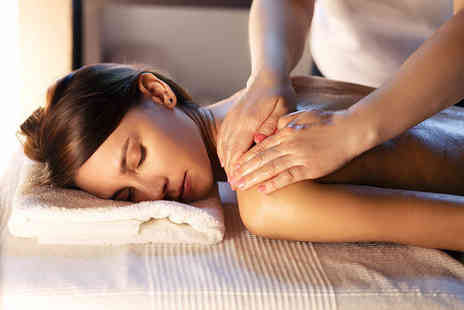 Douglas Caird Intuitive Holistic Therapy - Choice of 60 minute treatment, including full body holistic massage, reflexology treatment, Indian head massage, or reiki treatment - Save 58%