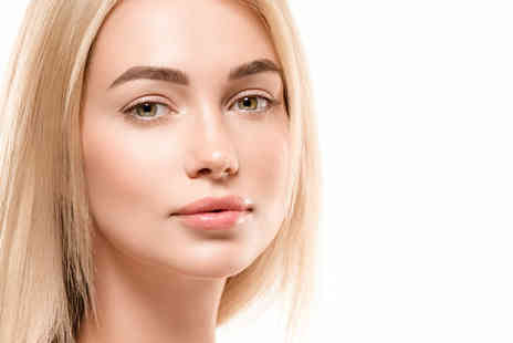 Avant Aesthetics Clinic - One session of fat dissolving mesotherapy to target a double chin - Save 72%
