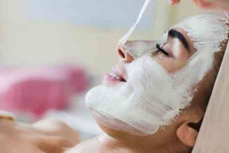 The Beauty Station - Dermaplane Deep Exfoliating Facial or Spa Facial - Save 66%