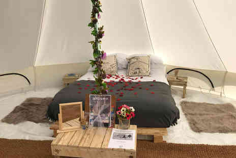 Canvas and Stars - Girly glamping break including a private hot tub session and glass of Prosecco for two or four - Save 60%