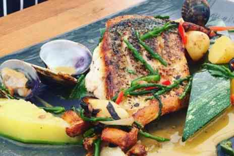 The Earl of March - Three Course Meal with a Glass of Prosecco for Two or Four - Save 40%