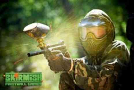 Paintball UK - Day of paintballing for 2 including lunch & 100 paintballs each - Save 88%