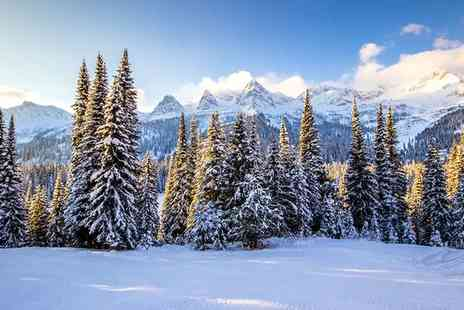 Winter in Montebello - Canada Tour from Montreal to Montebello - Save 0%