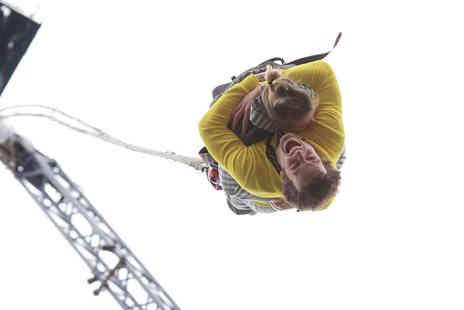 Virgin Experience Days - London Tandem Bungee Jump - Save 0%