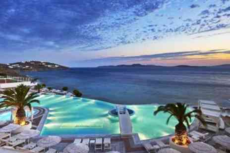 Jetline Holidays - 4 nights luxury holiday With flights & sea view - Save 0%