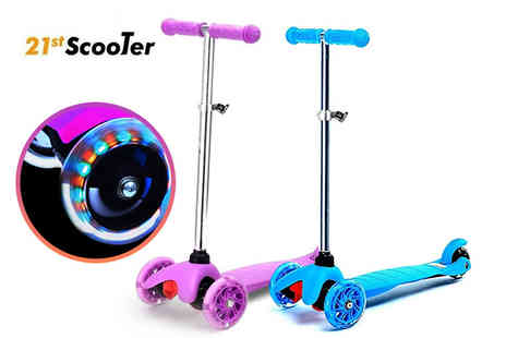 Eurotrade - Kids kick push light up mini scooter get a gift your children will adore - Save 64%
