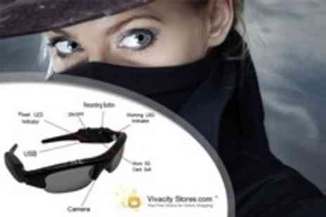 Vivacity Stores - Spy Sunglasses with a built-in camera with a 4GB memory card - Save 63%