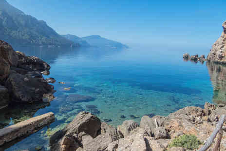 Crystal Travel - Three or Five night all inclusive Mallorca getaway with return flights - Save 20%
