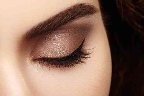 Face Guru Micropigmentation - Eyebrow microblading session - Save 54%