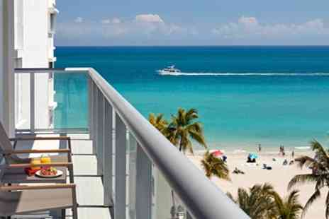 Costa Hollywood Beach Resort - Suite at New Hollywood Beach Resort - Save 0%
