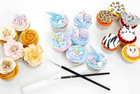 3D Cakes - 150 Minute or Seven Hour Cake Masterclass Gift Pack for One or Two - Save 57%