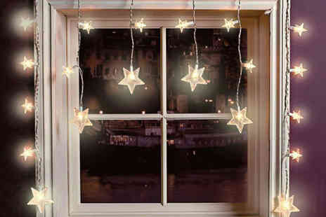 Zoozio - Set of 20 LED star curtain lights - Save 75%