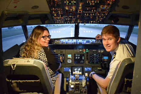 Virgin Experience Days - Flight Simulator Experience Aboard a Boeing 737, 60 minutes - Save 25%
