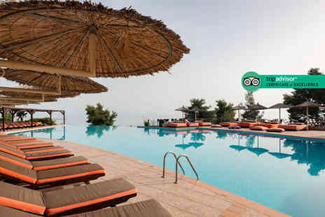 Super Escapes Travel - Five or Seven night all inclusive Halkidiki beach break with return flights - Save 22%
