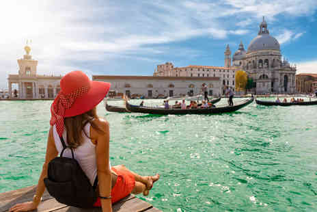 Super Escapes Travel - Two or three night Venice getaway with breakfast and return flights - Save 67%