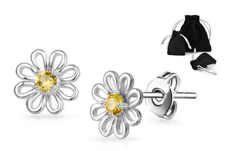 Philip Jones - Pair of daisy earrings made with crystals from Swarovski - Save 81%