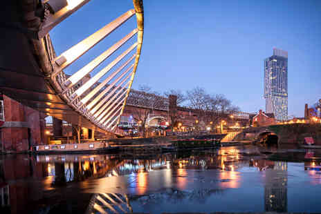 City Stop Manchester - Manchester City Centre stay for two or four people with Prosecco and late check out - Save 49%