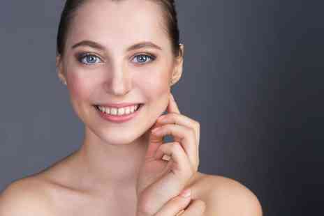 Wow Beauty & Nails - Bespoke double chin reduction treatment - Save 93%