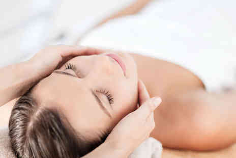 Beautiful World - One hour deep cleansing facial treatment - Save 53%
