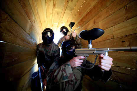 Paintball Network - Paintballing with 100 balls and a light lunch for 10 people at Paintball Network - Save 96%