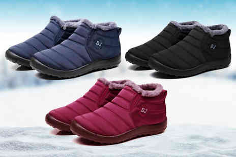 BluFish - Pair of warm casual faux fur ankle boots choose between three colours - Save 0%