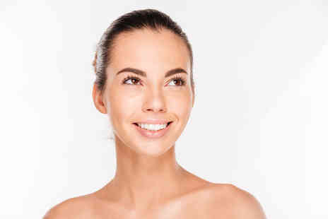 VIVO Clinic - One session of dark circle removal - Save 81%