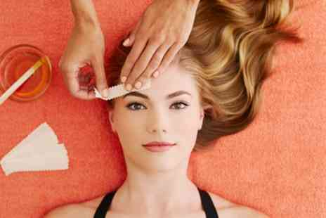 Missu Nail Bar - Eyebrow, Hollywood or Brazilian Wax - Save 35%