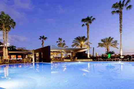 Bargain Late Holidays - Four Star Four nights all inclusive Madeira getaway with return flights - Save 29%