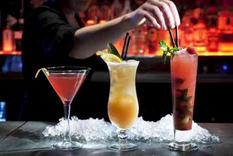 Cirkus Bar - Mixology Masterclass with Two Cocktails or Three Cocktails and Shooter - Save 40%