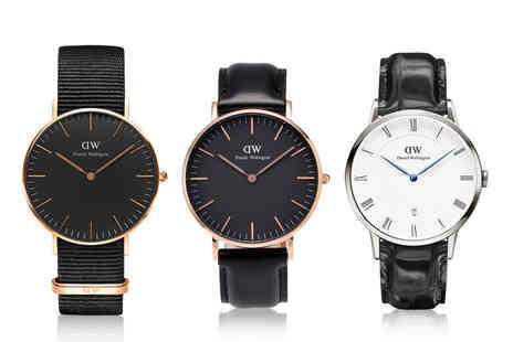 Best Watch Company - Mens Daniel Wellington watch choose from three designs - Save 70%