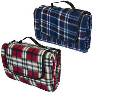 London Exchain Store - Xl waterproof picnic blanket choose from two colours - Save 72%