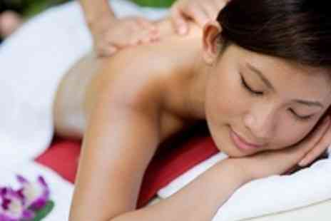 Ming Chen Clinics - Choice of 30 Minute Taster Massage Including Swedish, Aromatherapy and Indian Head Massage - Save 50%