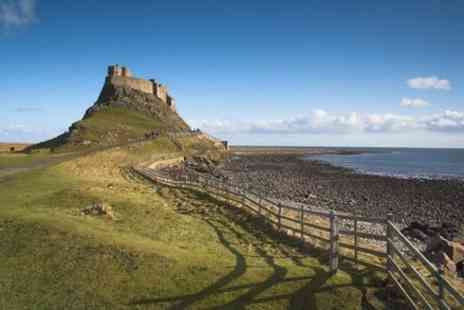 Gray Line Scotland - Alnwick Castle and Lindisfarne Day Trip - Save 0%