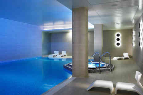 Lingfield Park Resort Spa and Leisure Club - Four hour spa access for one person with a Rasul Ritual treatment, glass of Prosecco and £10 treatment voucher - Save 49%