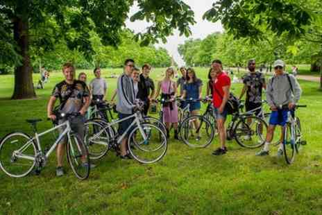 Notting Hill Bike tours - Walking tour to The London Landmarks - Save 0%